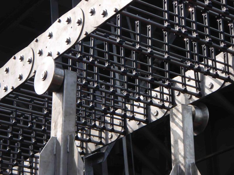 Kabelkjede i stål eller steel drag chain levert av Brevetti Nordic AS